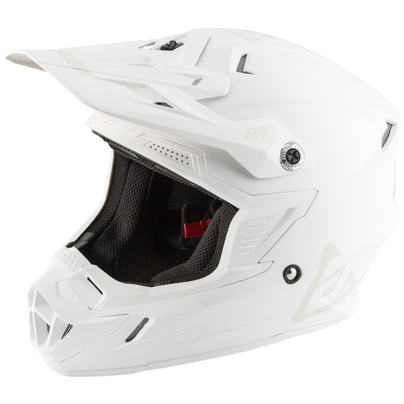 AR1 YOUTH HELMET