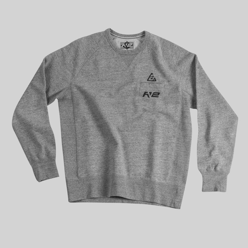 RV2 LONG SLEEVE CREW